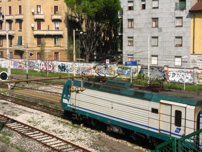 Ferrovia urbana rotabili - Milano porta genova treni ...